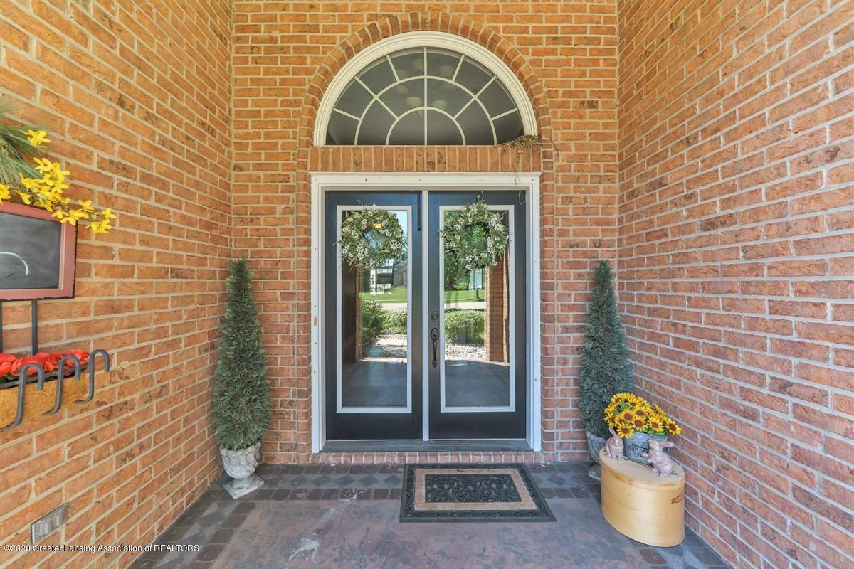 904 Sandhill Dr - Front Entrance - 5