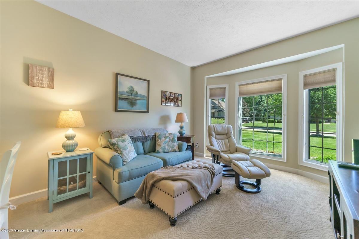 904 Sandhill Dr - Family Room - 8