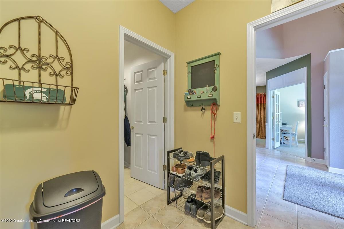 904 Sandhill Dr - Entrance from Garage - 29