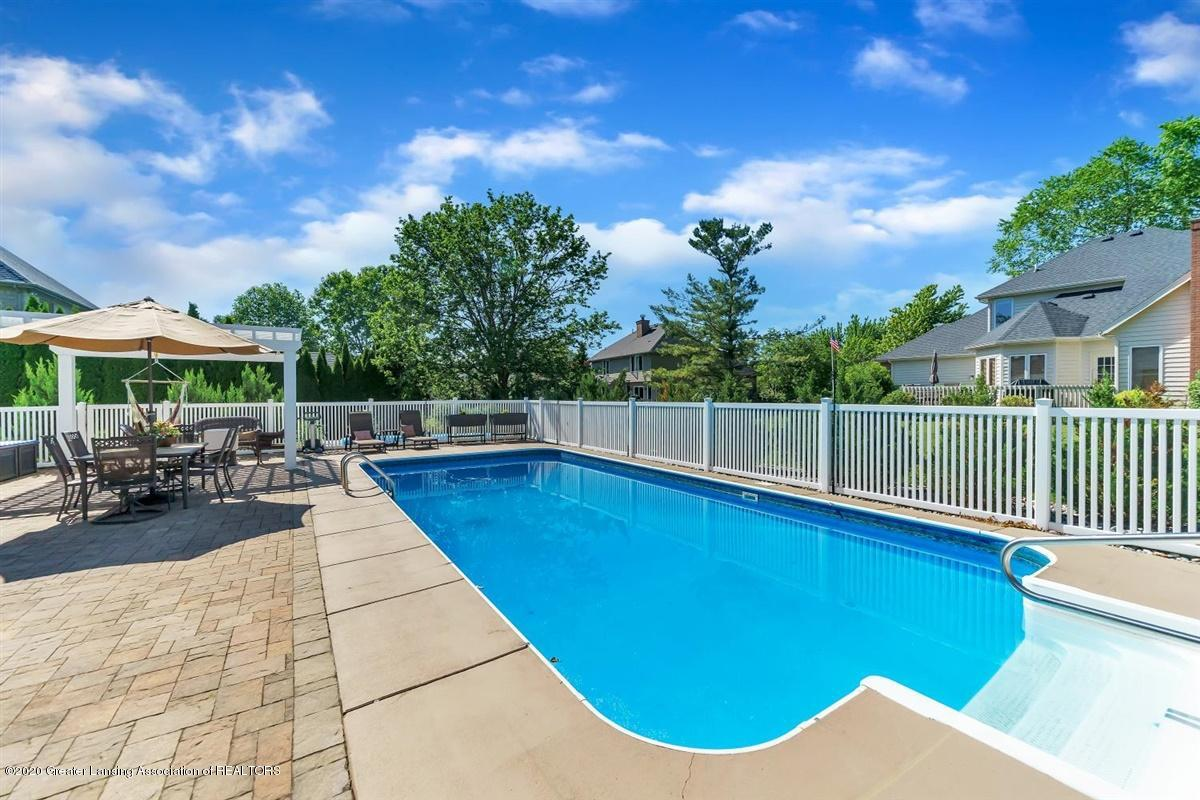904 Sandhill Dr - In-ground Pool - 59