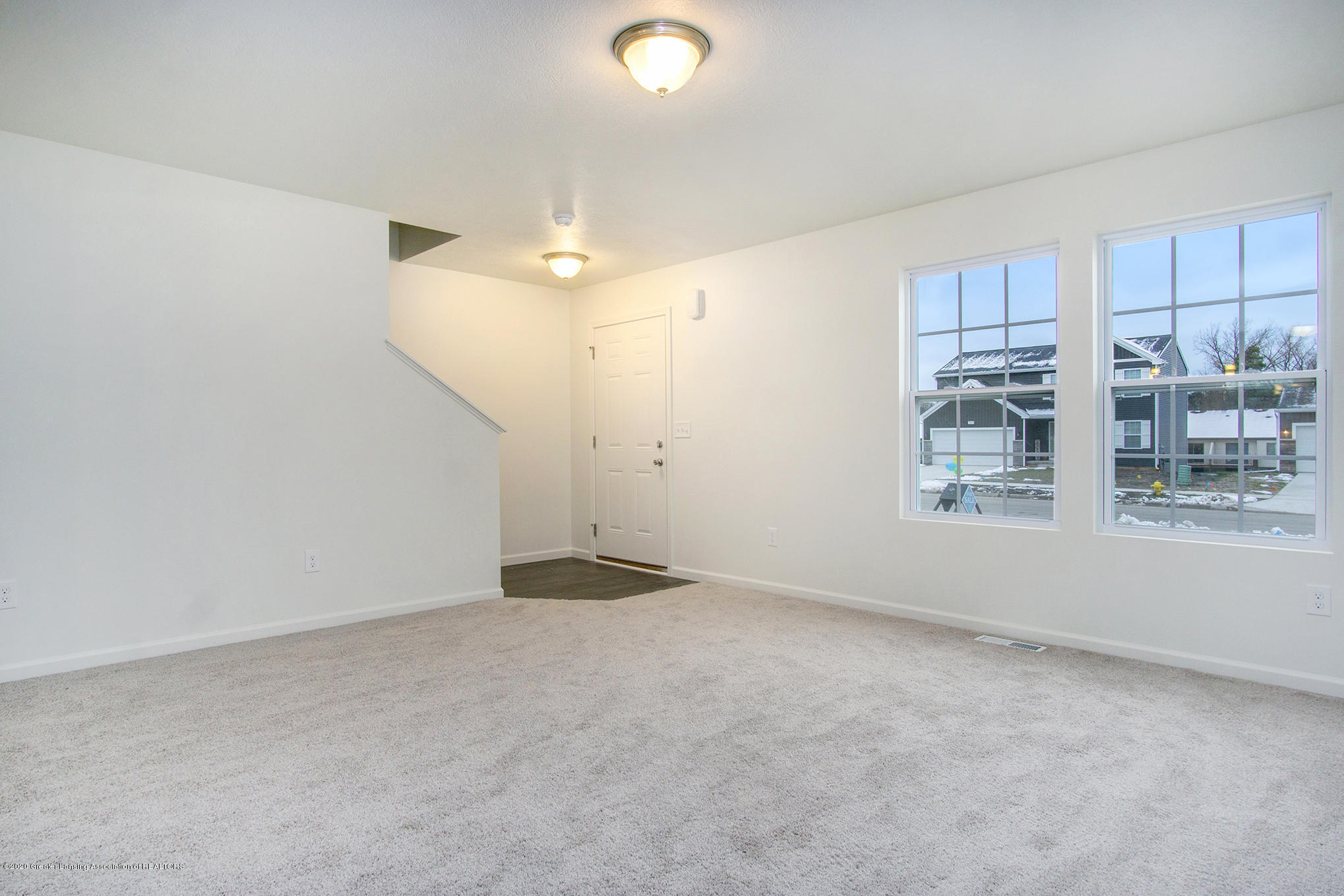 1110 River Oaks Dr - CSS054-i2000-Great Room2 - 2