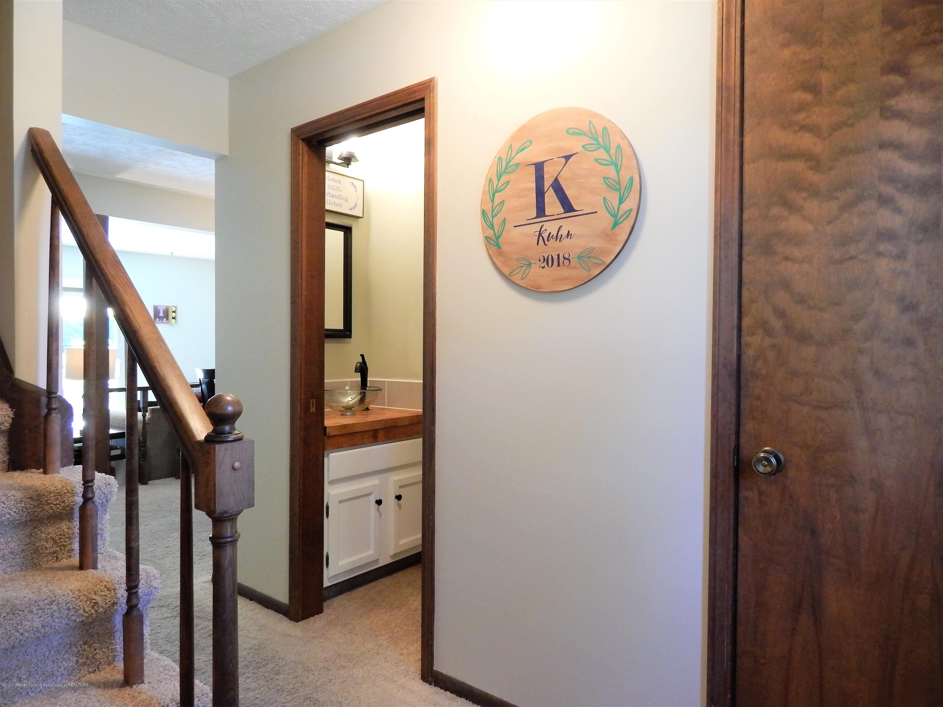 1356 Chartwell Carriage Way N - Foyer - 3
