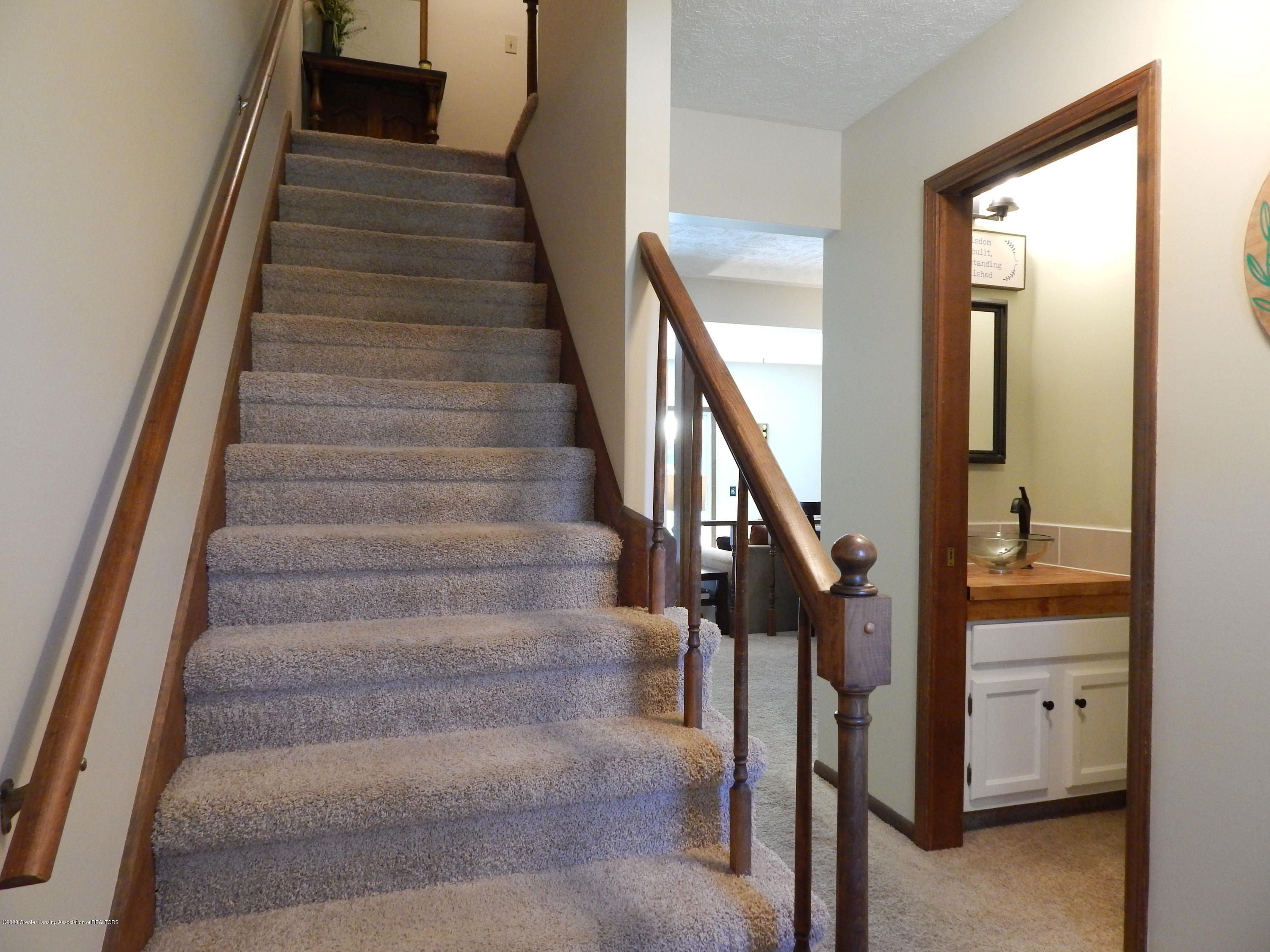1356 Chartwell Carriage Way N - Stairway - 24