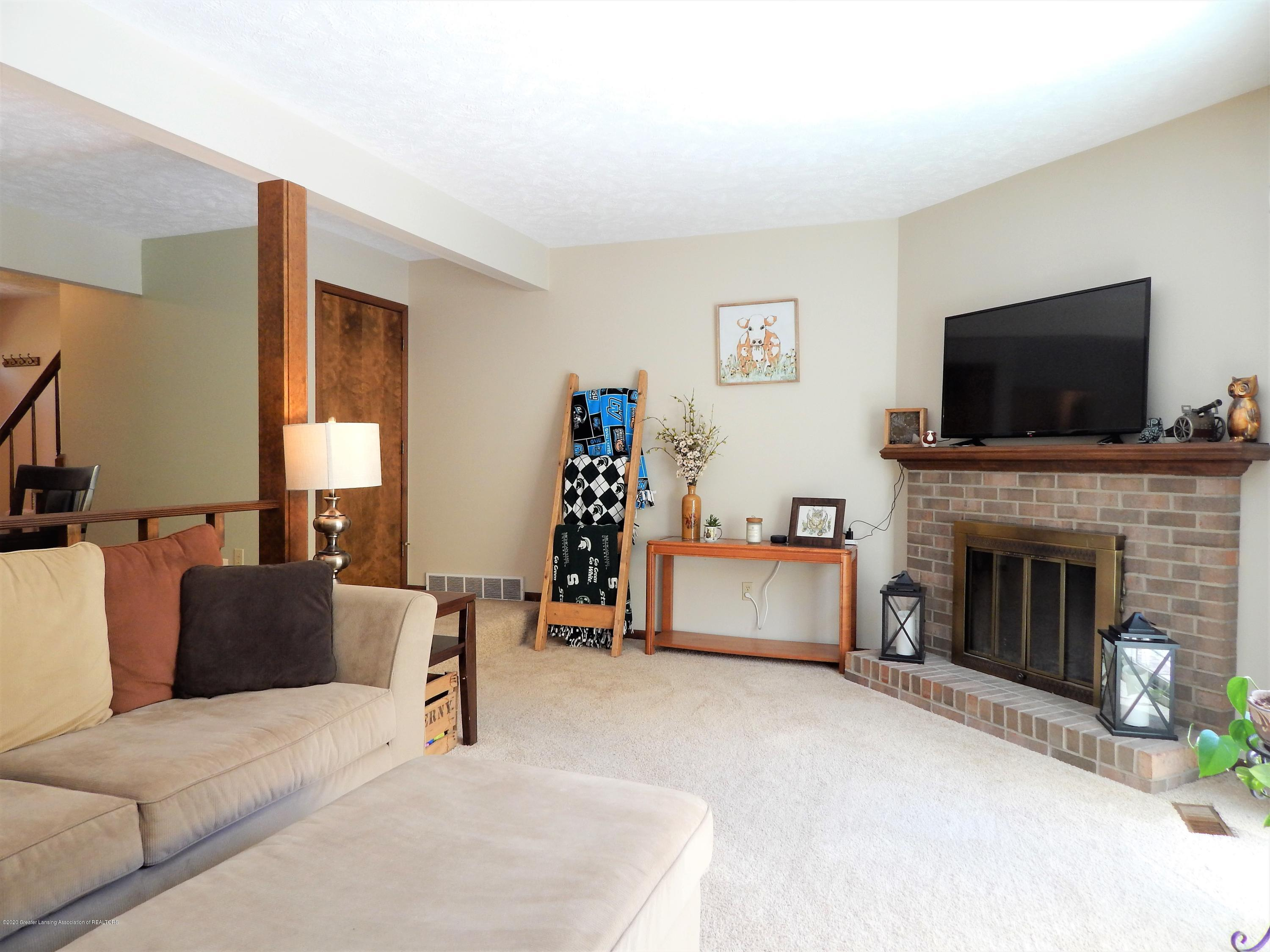 1356 Chartwell Carriage Way N - Living Room - 15