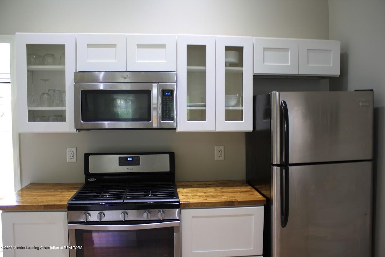 135 S Fairview Ave - Kitchen - 5