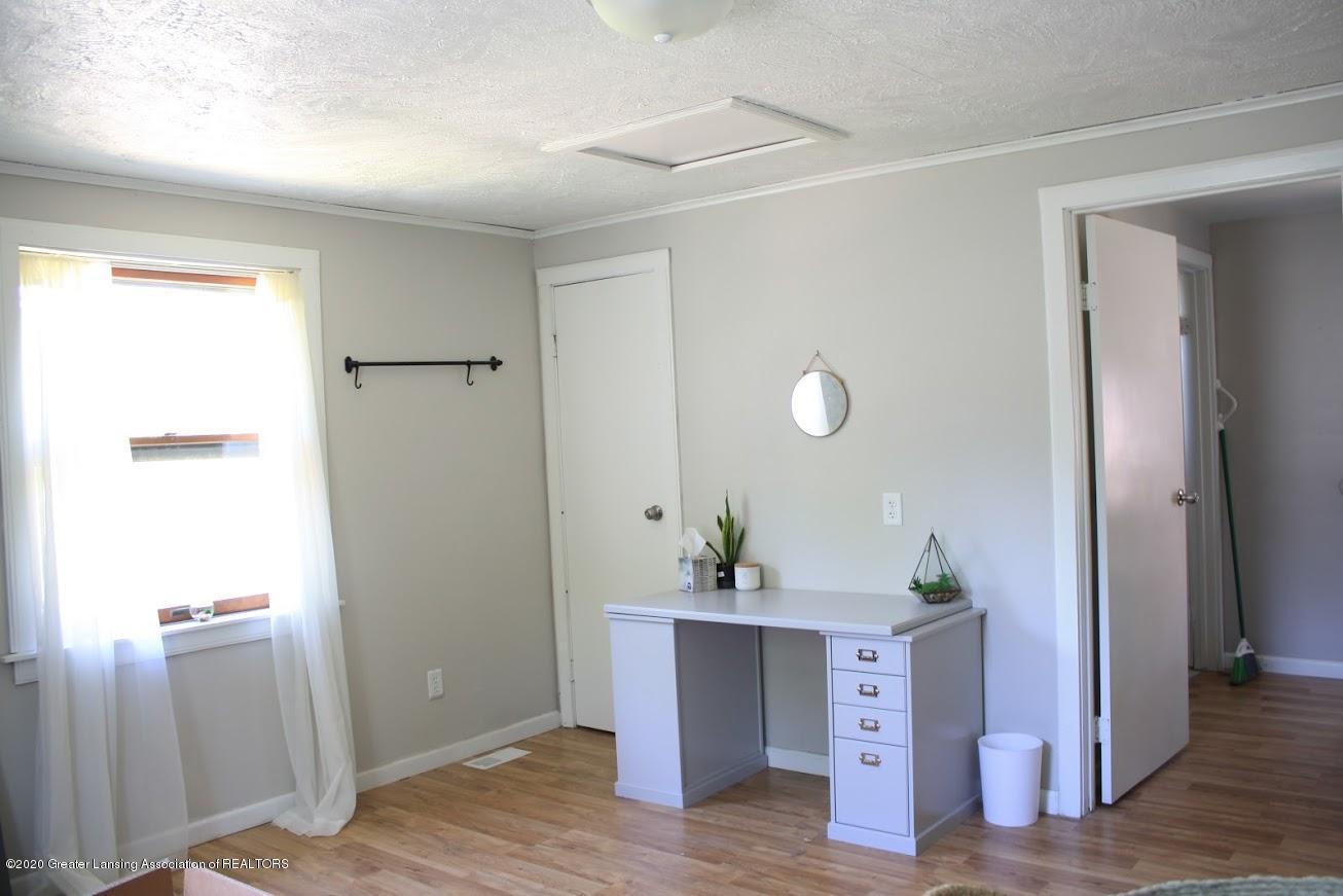 135 S Fairview Ave - Bedroom - 7