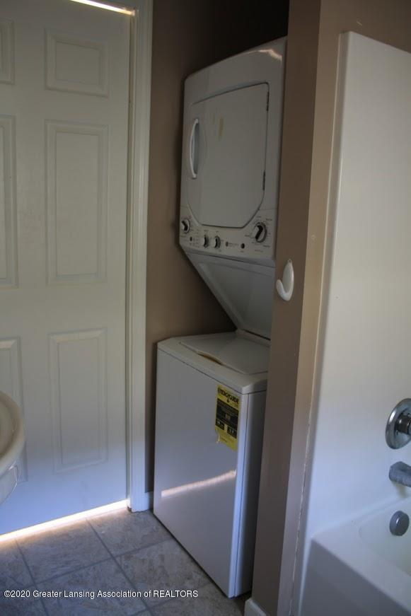 135 S Fairview Ave - Laundry - 12