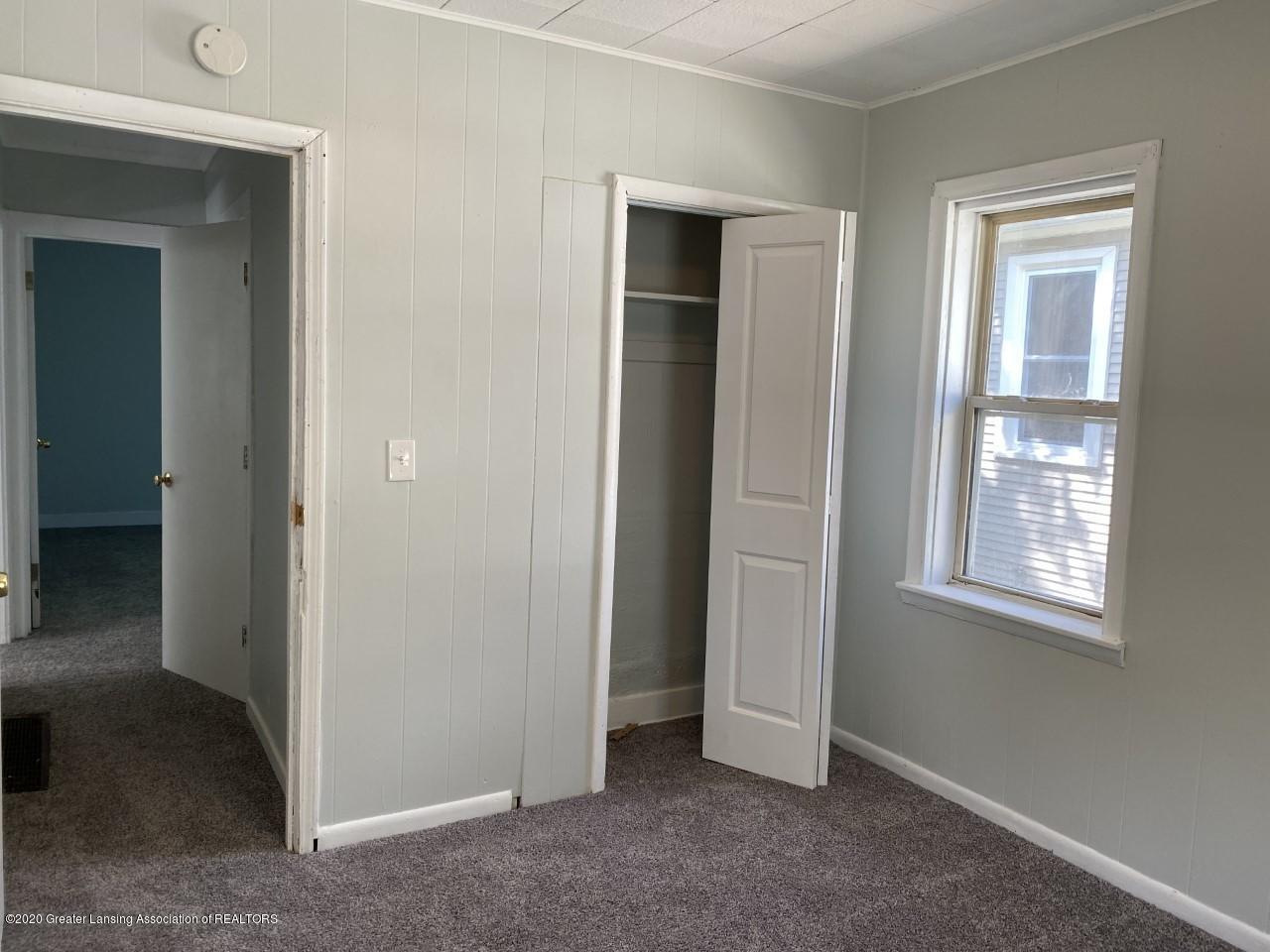 1033 Queen St - Bedroom - 18