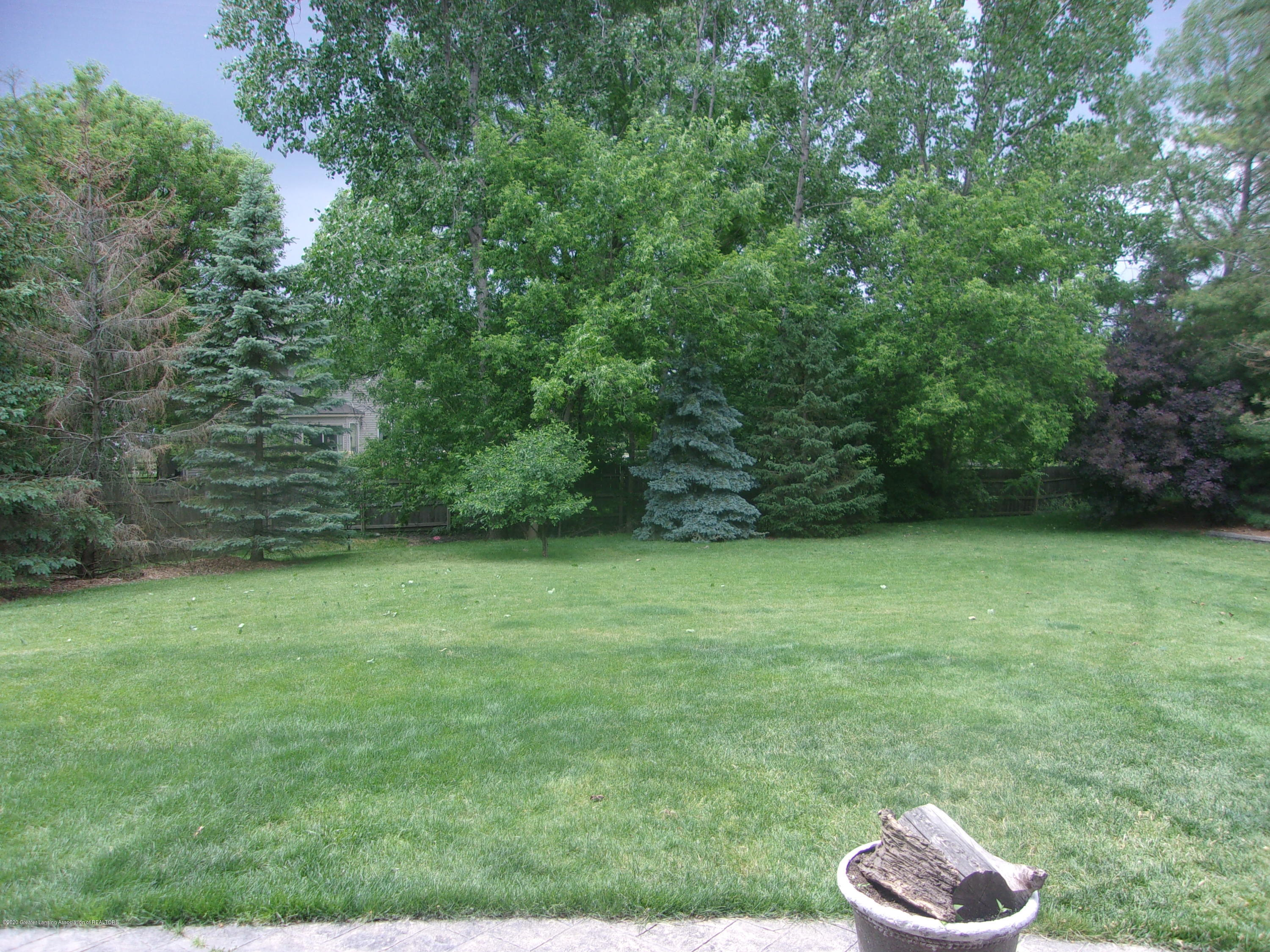 3991 Windy Heights Dr - 100_0979 - 9