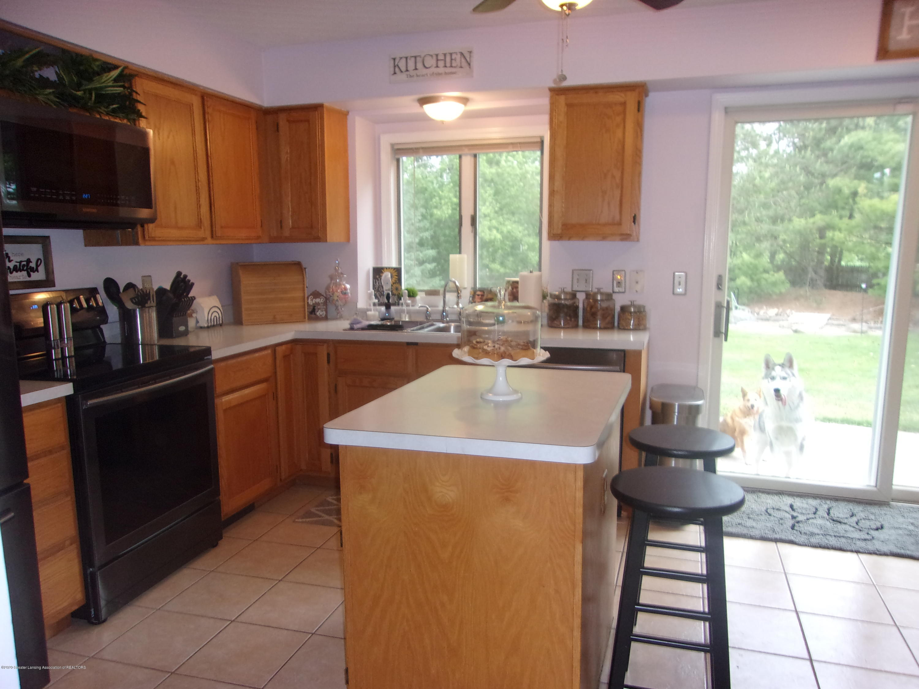 3991 Windy Heights Dr - 100_0988 - 21