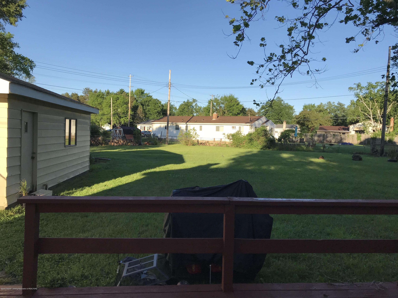 4922 Stillwell Ave - 4922 backyard - 9