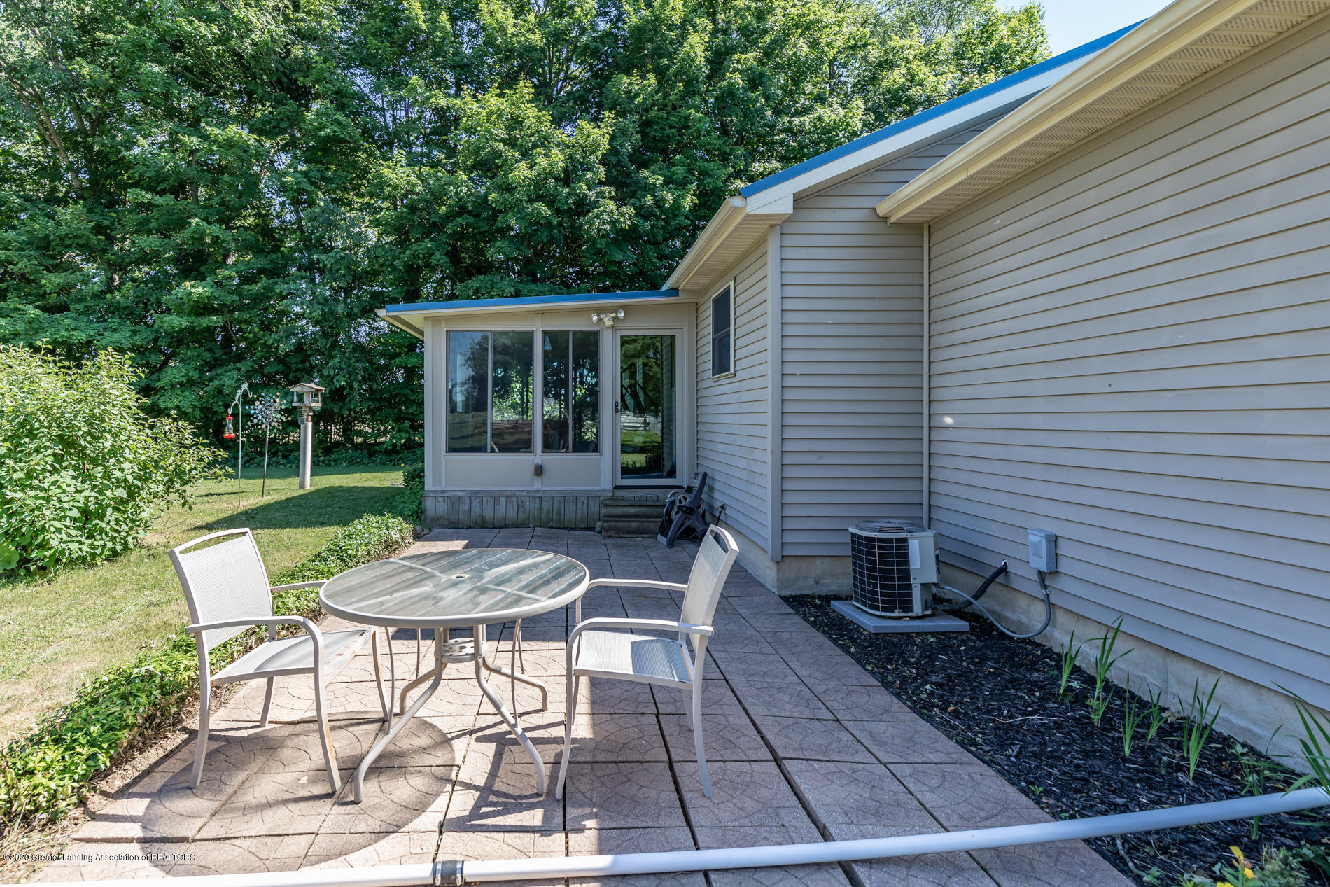 2229 S Chester Rd - Back Patio - 21