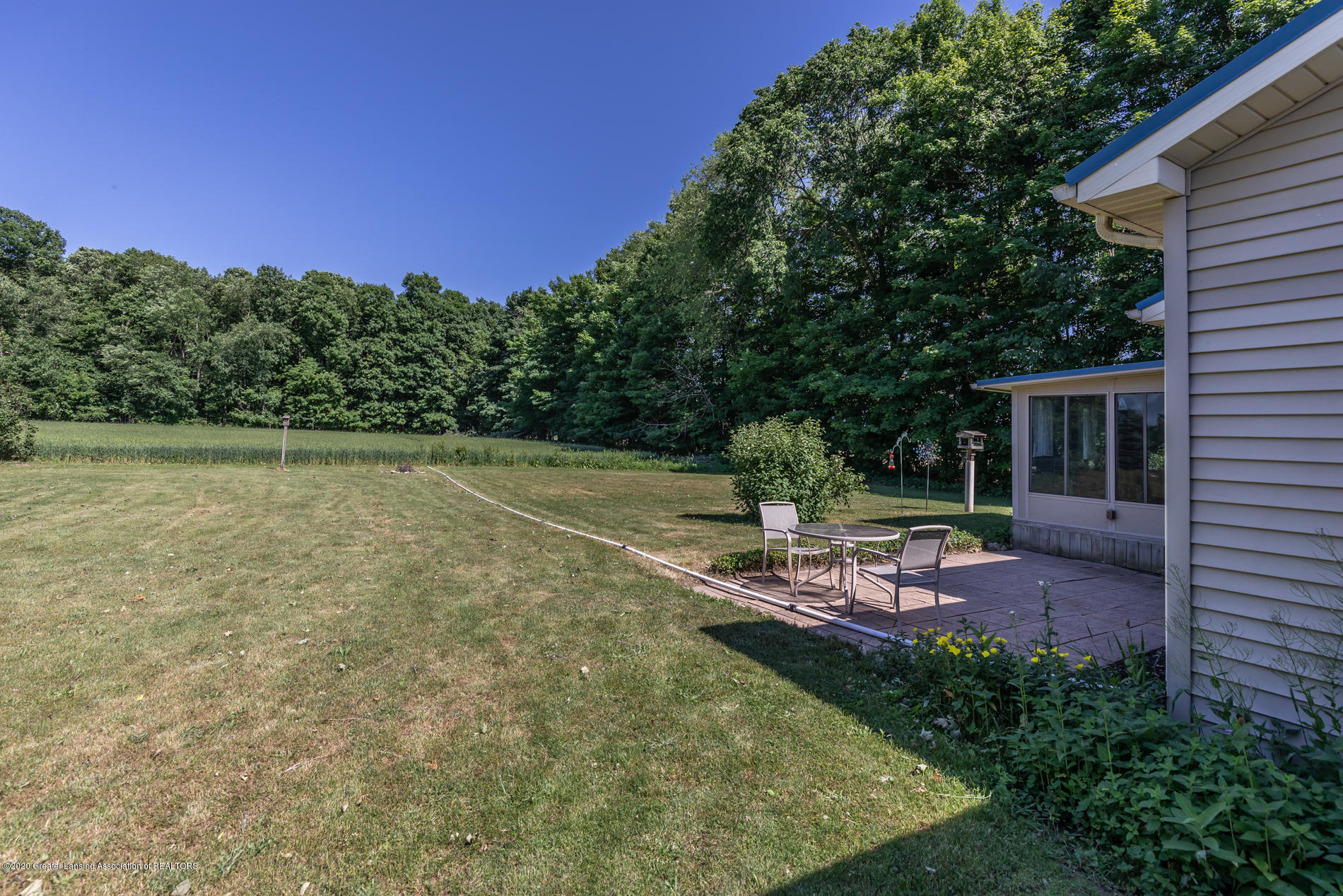 2229 S Chester Rd - Backyard and Patio - 22