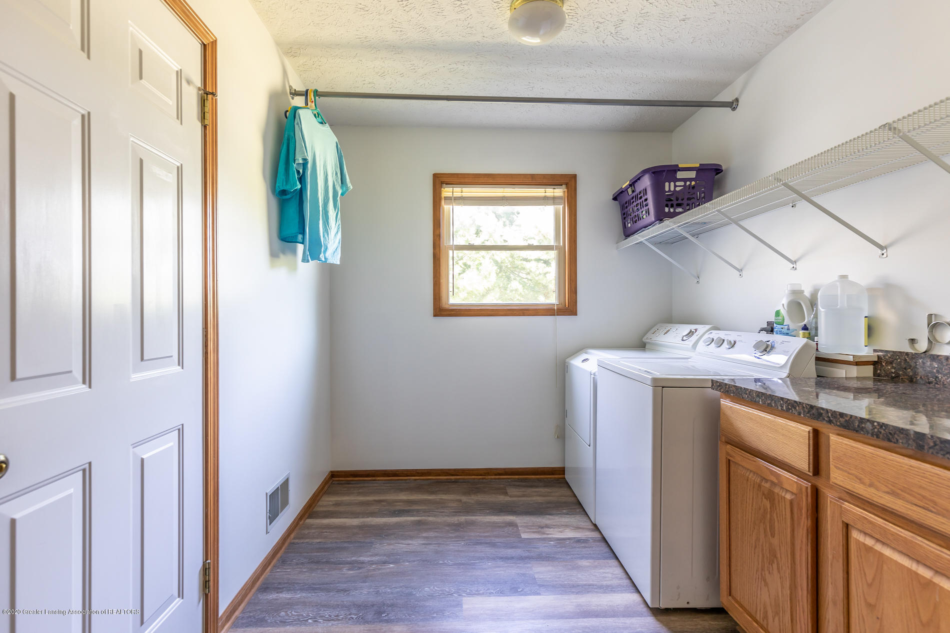 2229 S Chester Rd - Laundry room - 17