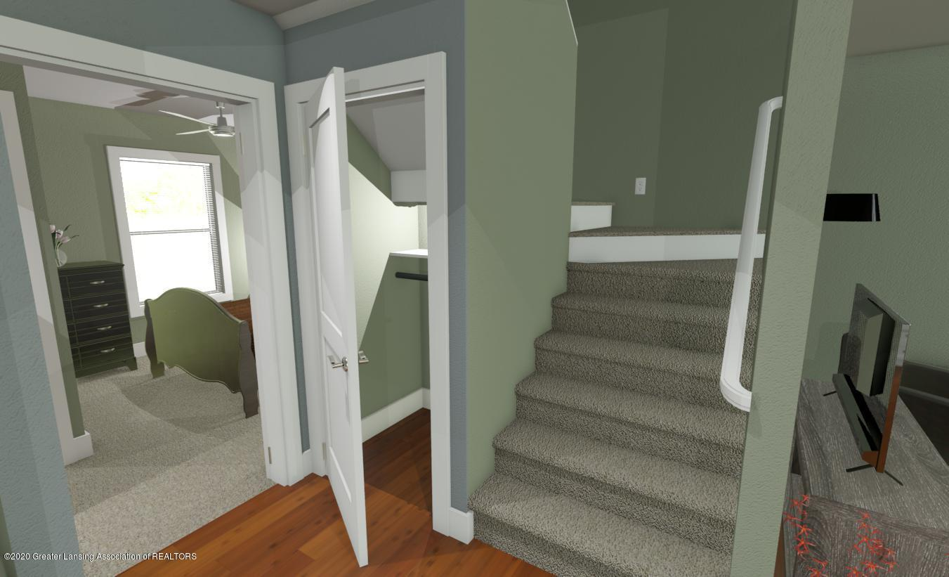 414 Haven  - INTERIOR 1ST FLR CLOSET - STAIRS - 9