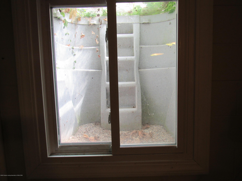 4120 Arlene Dr - Egress Window - 35