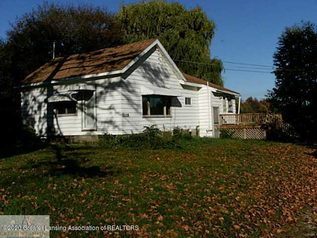 7118 N Ionia Rd - Front - 1