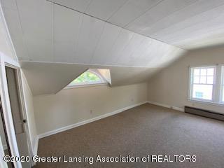 4353 Holt Rd - 2nd level bedroom 1 b - 18