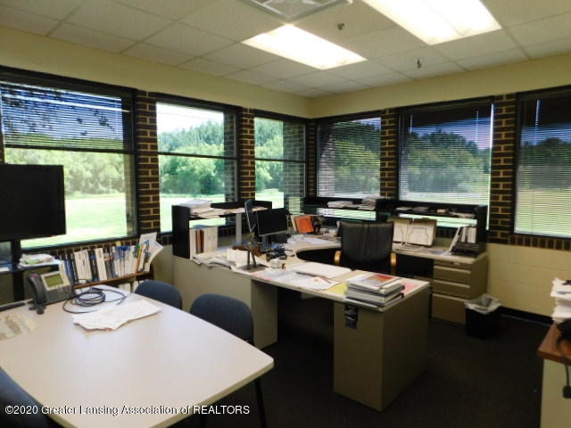 2701 N Dettman Rd - South Office - 9