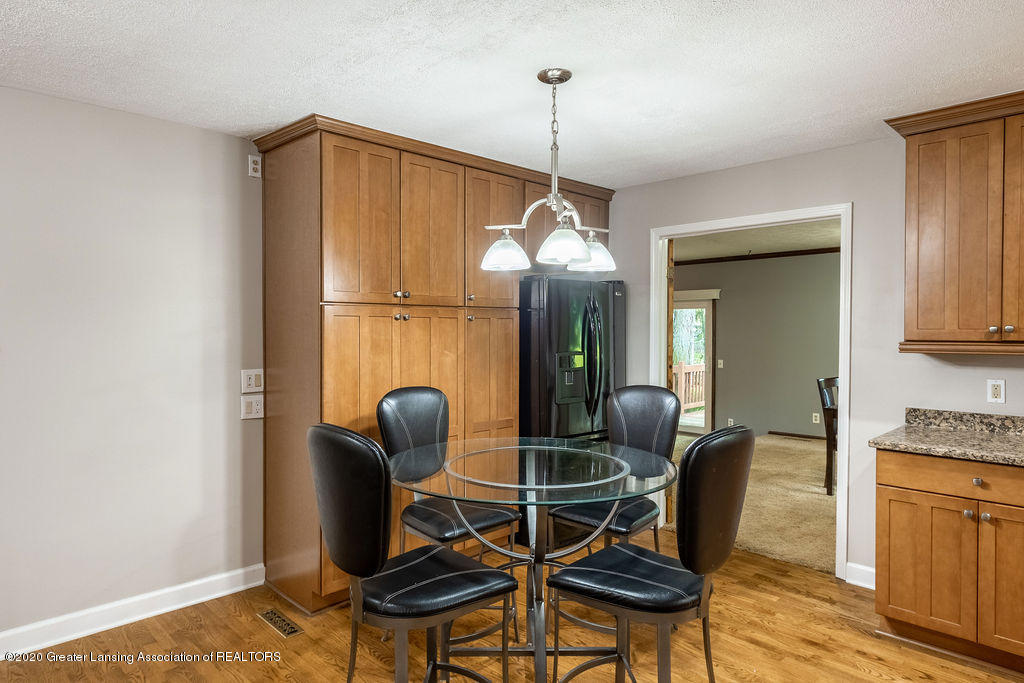 1603 Pebblestone Dr - Dining Off Kitchen - 14