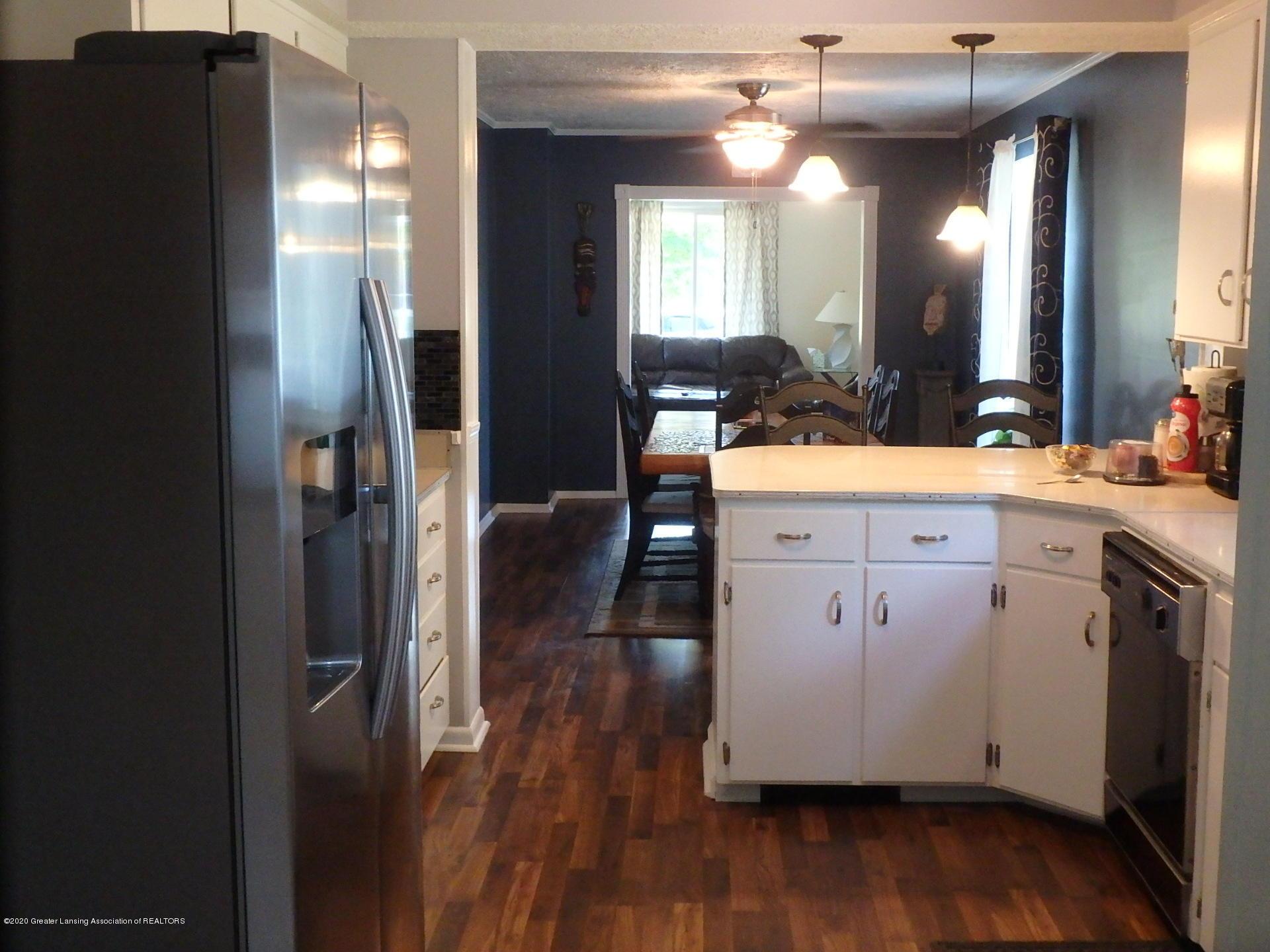 315 Pleasant St - 315 kitchen - 2
