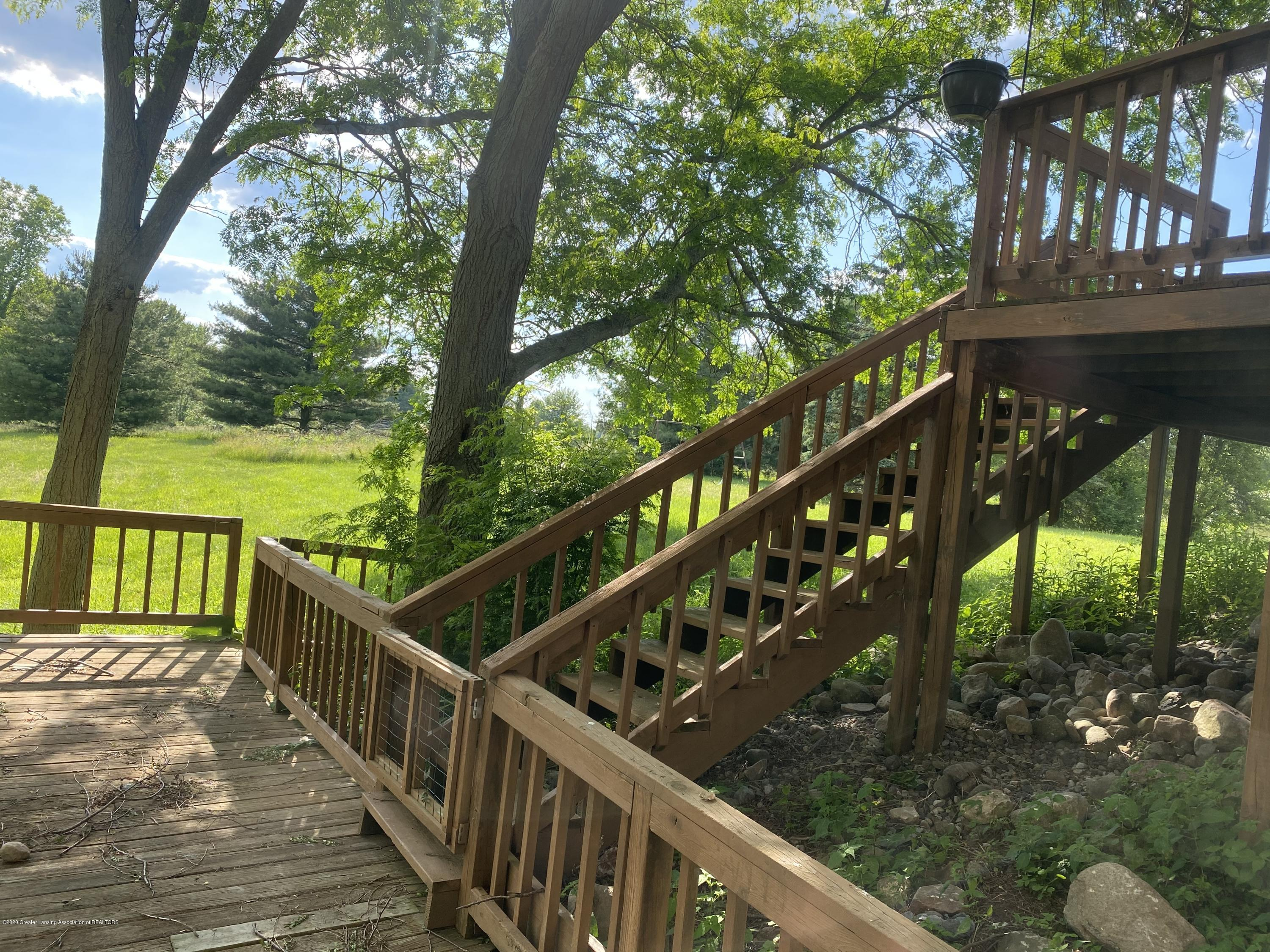 3386 Ionia Rd - 31 REAR DECK Tiers - 32