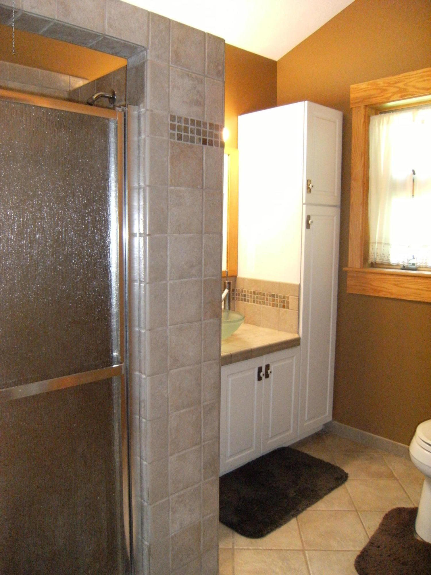 9108 S Krepps Rd - Mother in law bathroom - 20