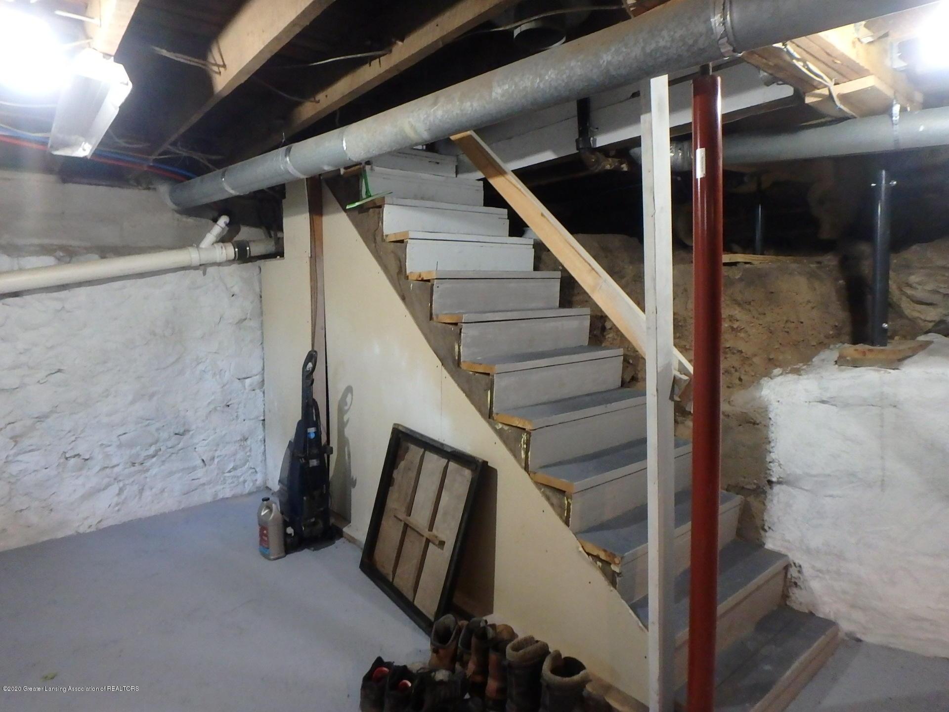 315 Pleasant St - 315 basement - 19