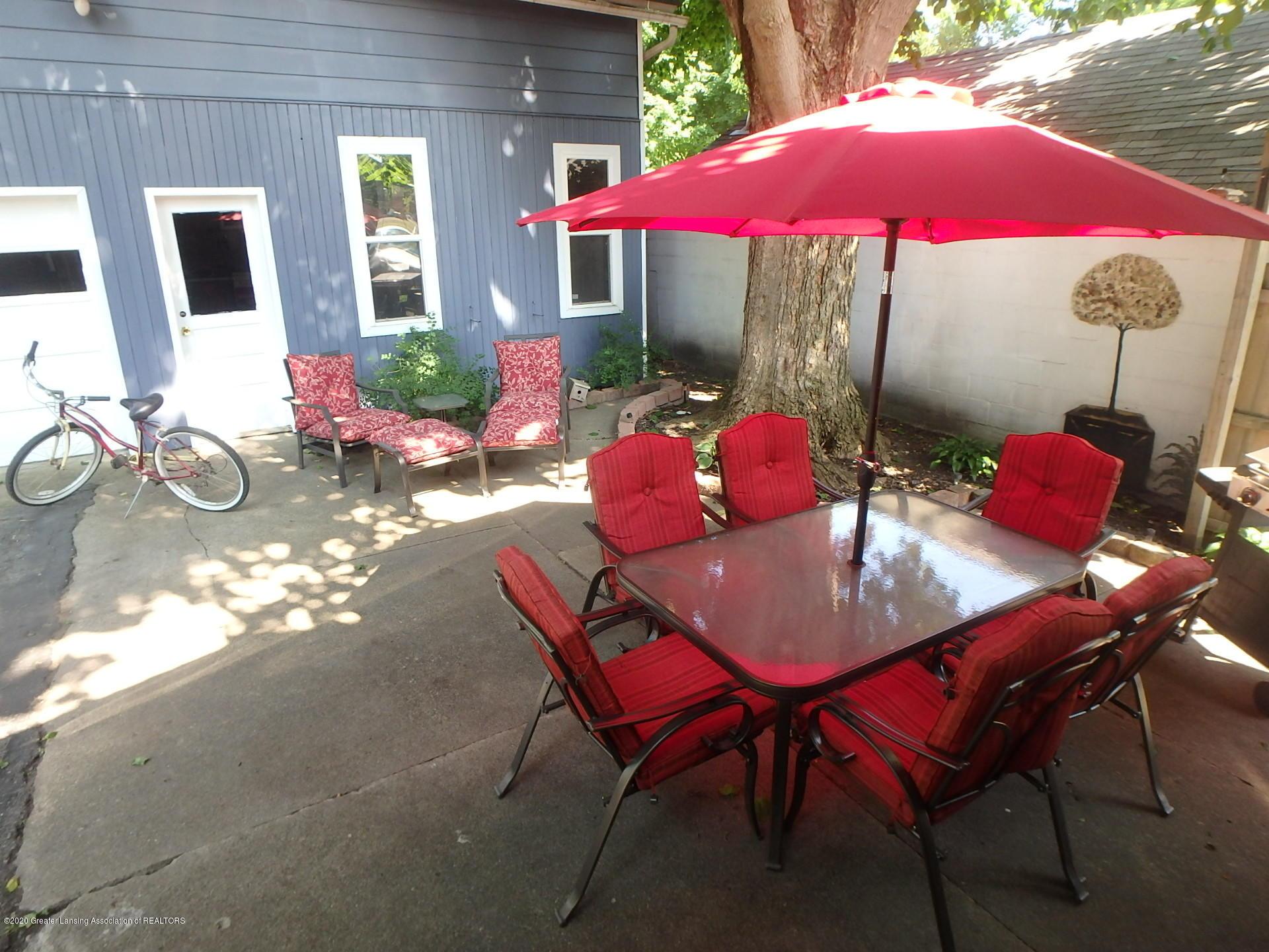 315 Pleasant St - 315 pleasant back patio - 3