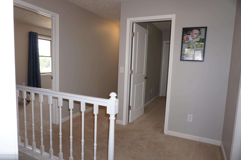 407 Wanilla Ln - Hallway Upstairs - 31