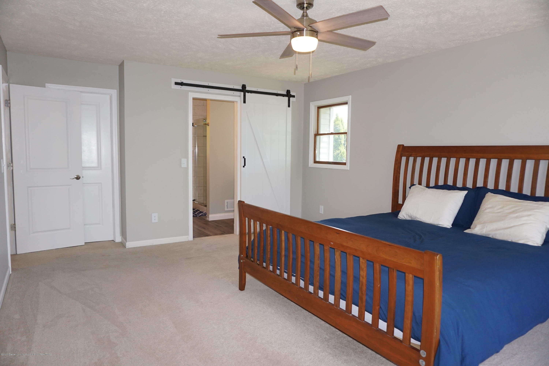 407 Wanilla Ln - Master Bedroom - 18