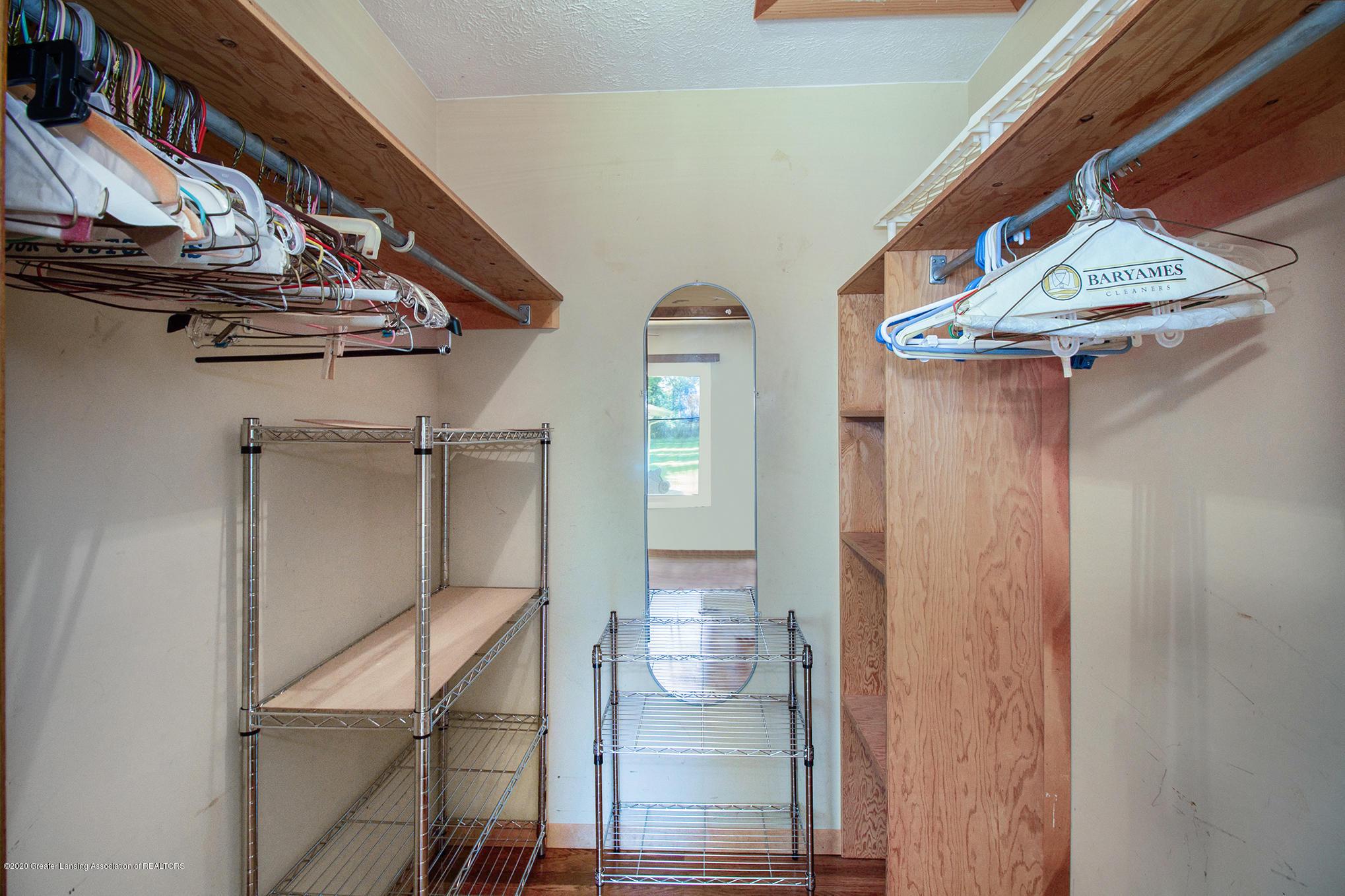 4510 Dobie Rd - Walk in closet - 15