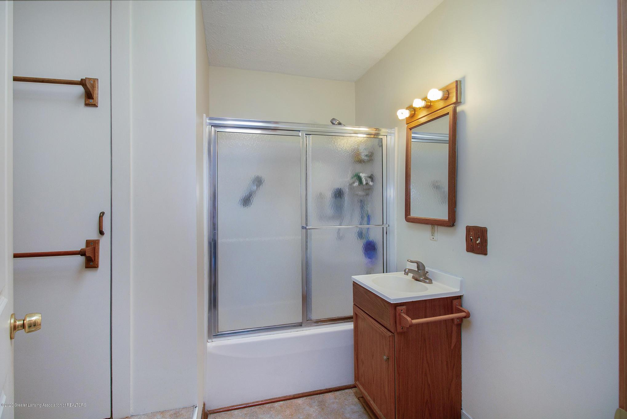 4510 Dobie Rd - Bathroom 1 - 13