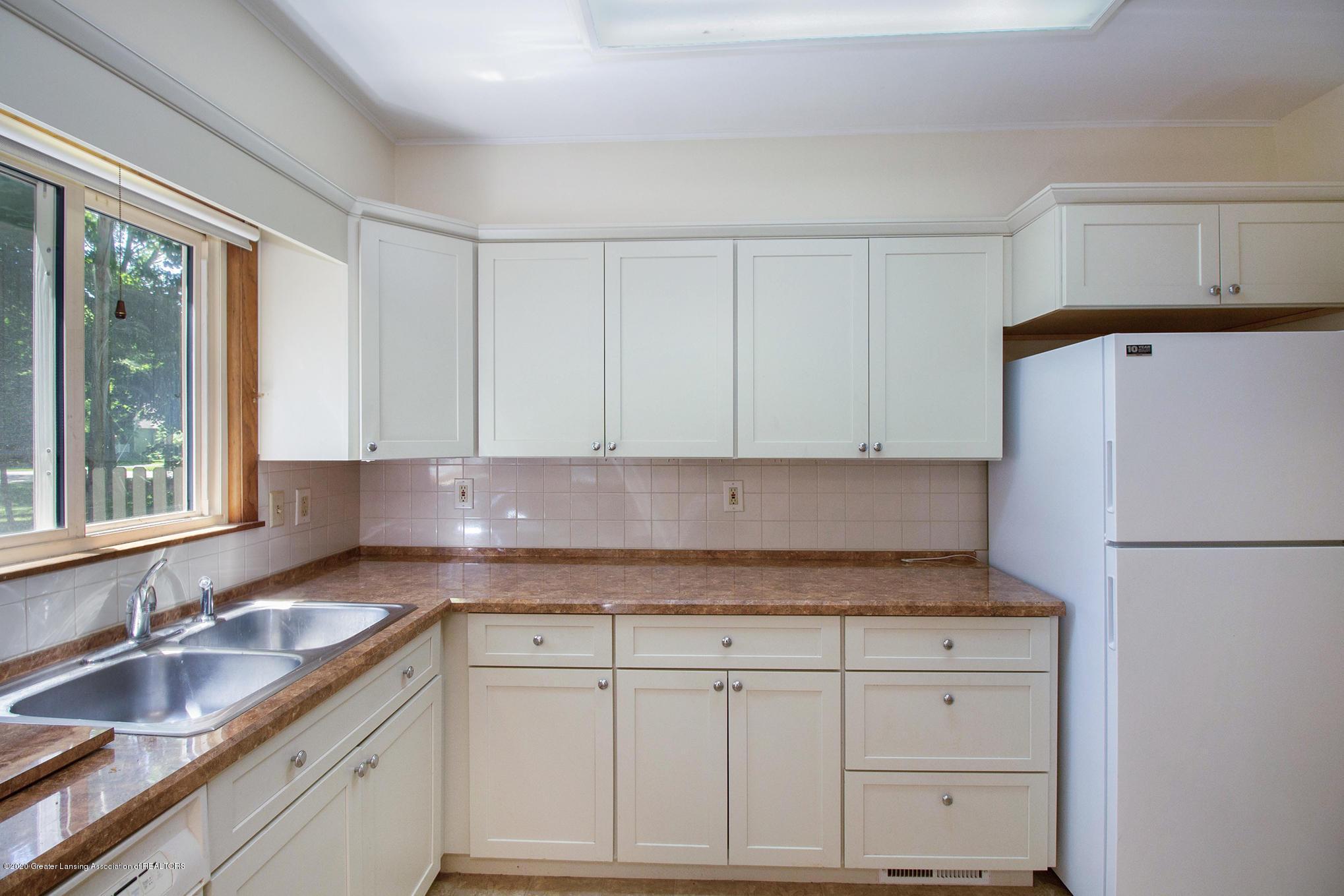 4510 Dobie Rd - Kitchen - 12