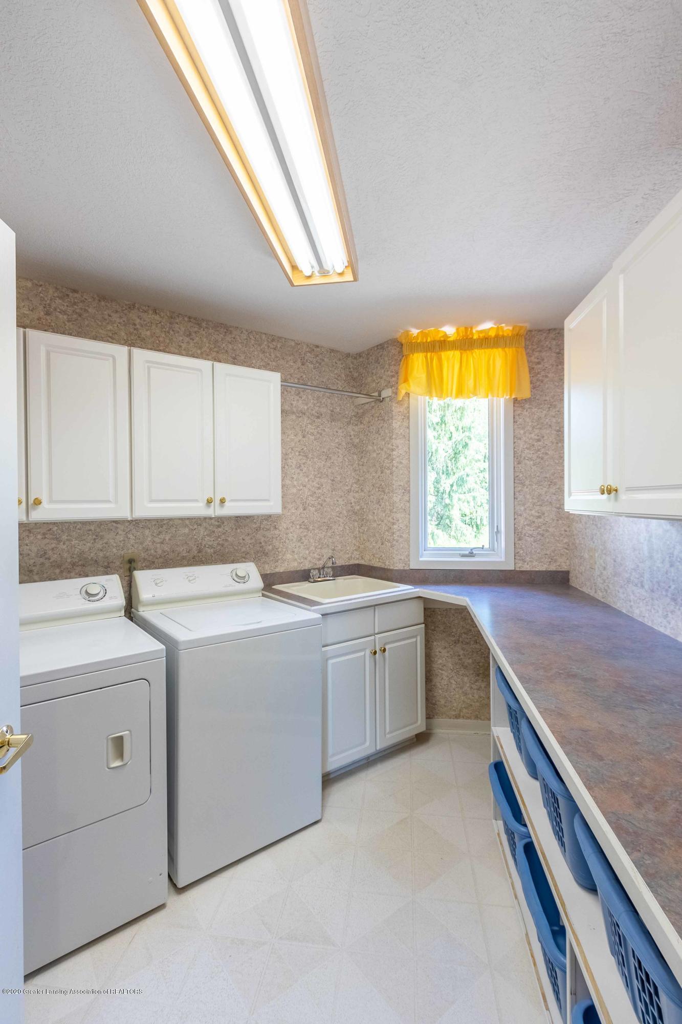 25 Skipper Ln - FIRST FLOOR Laundry Room - 43
