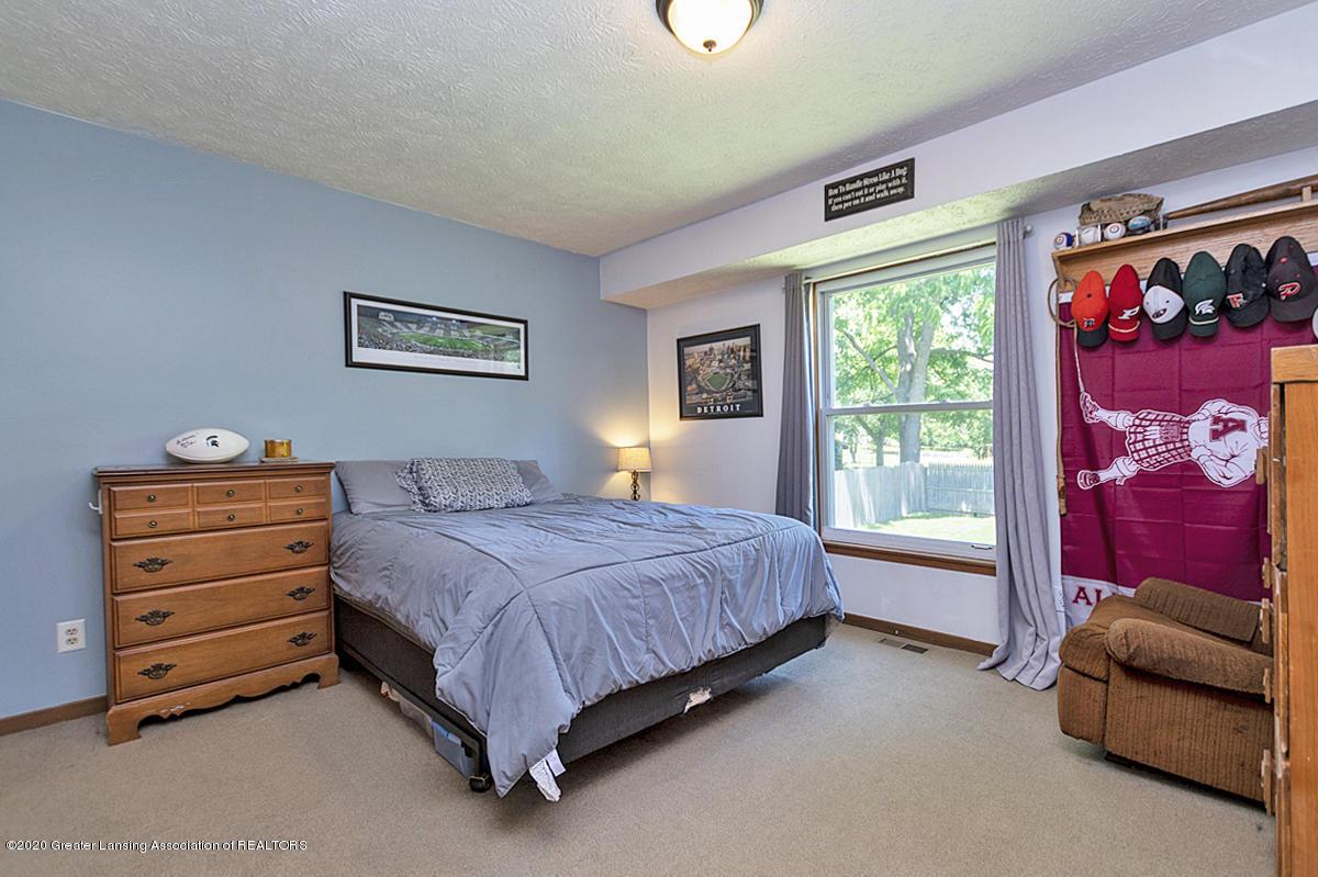 3246 Lake Lansing Rd - 11 - 11