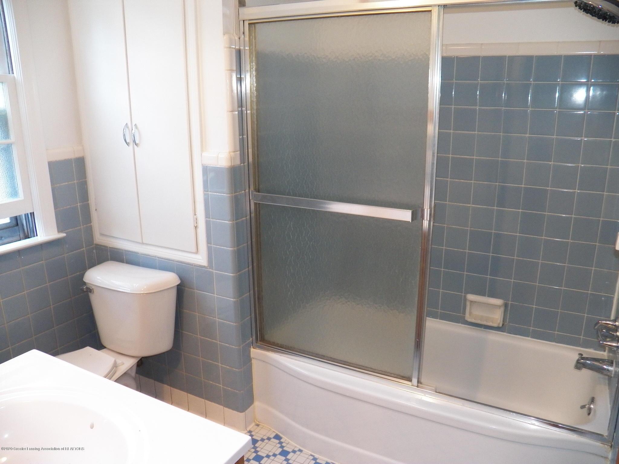 1812 Shubel Ave - bath 1 - 9
