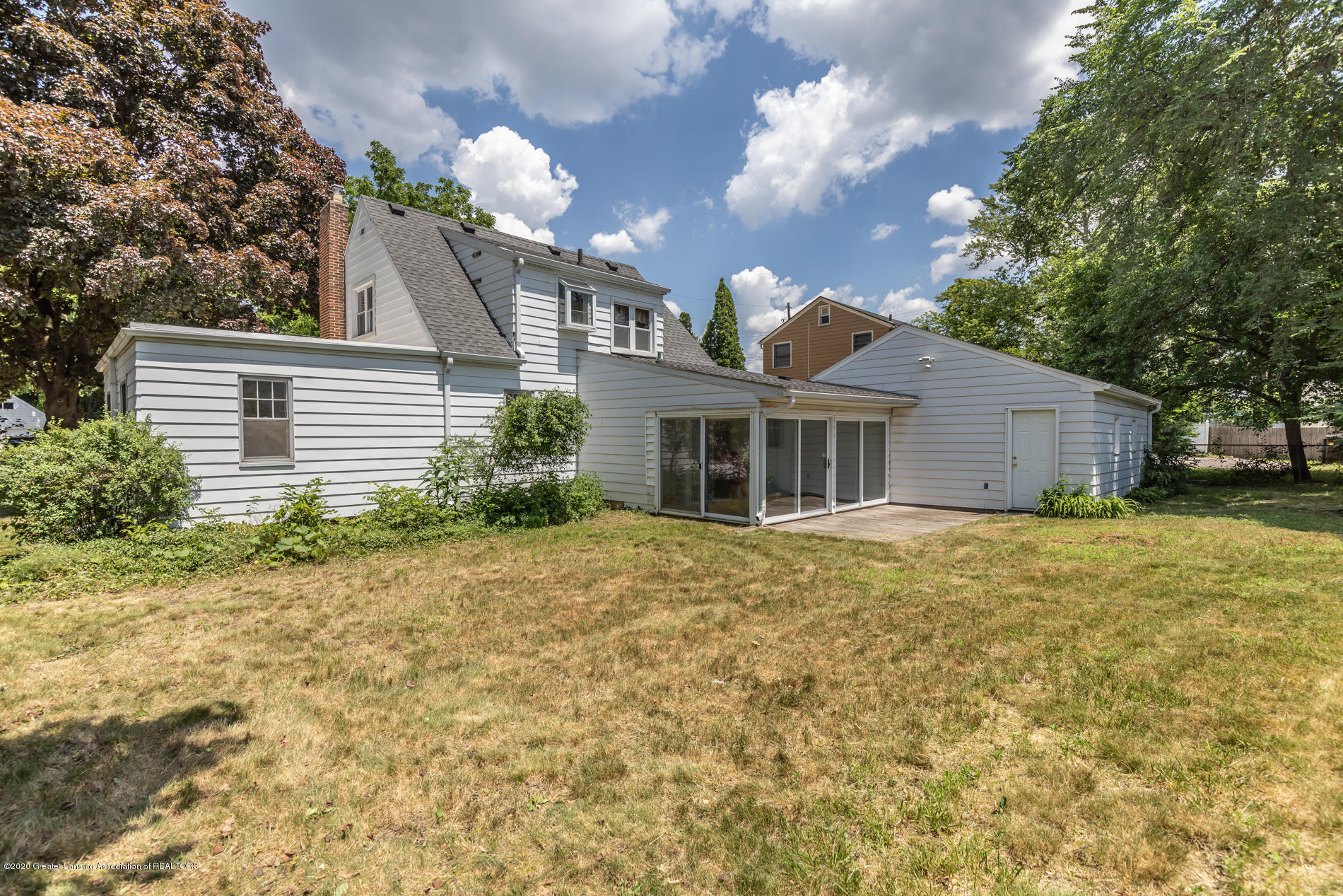 931 Lilac Ave - lilacback3(1of1) - 4