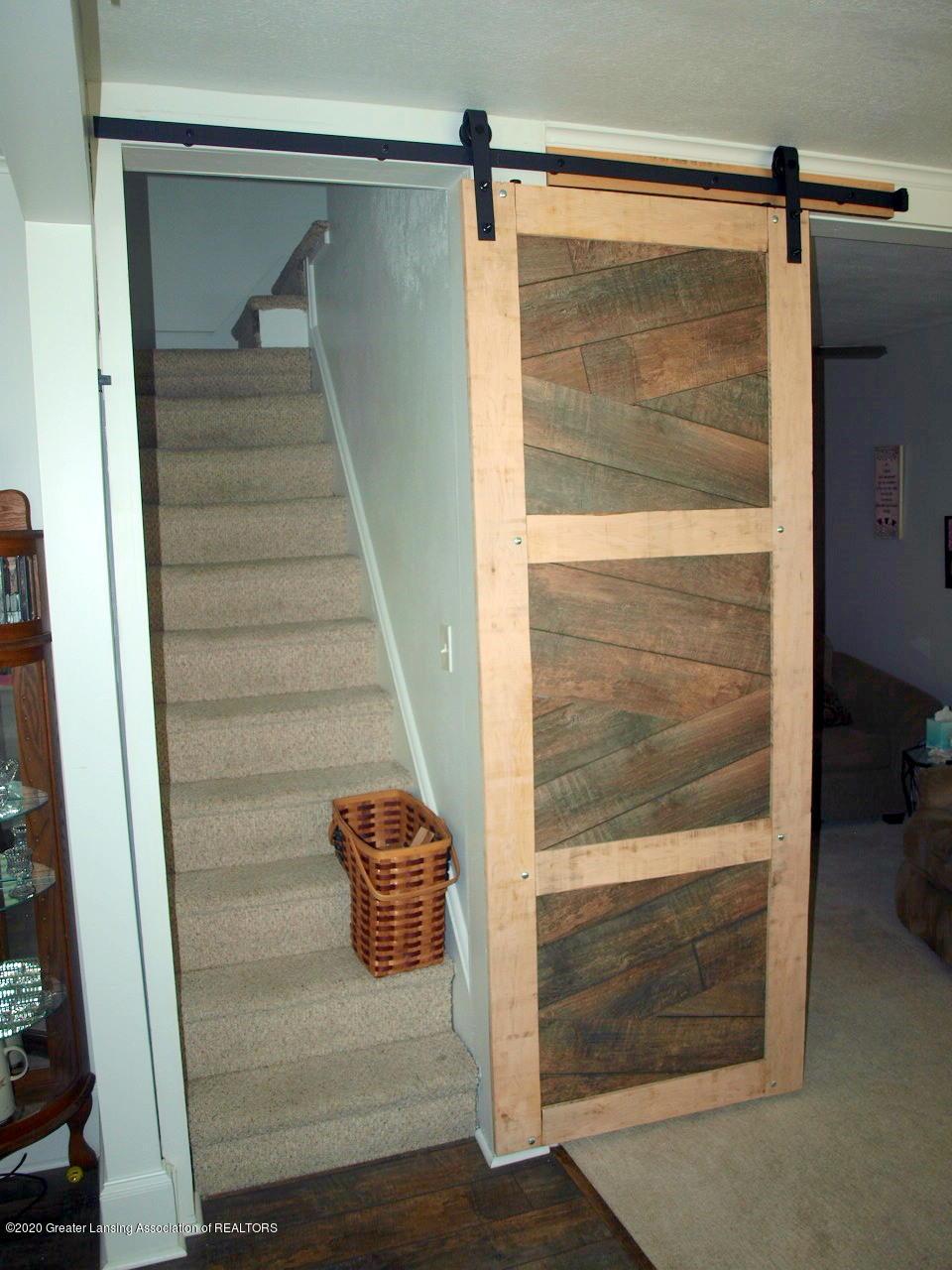 202 N Lansing St - Stairway - 10