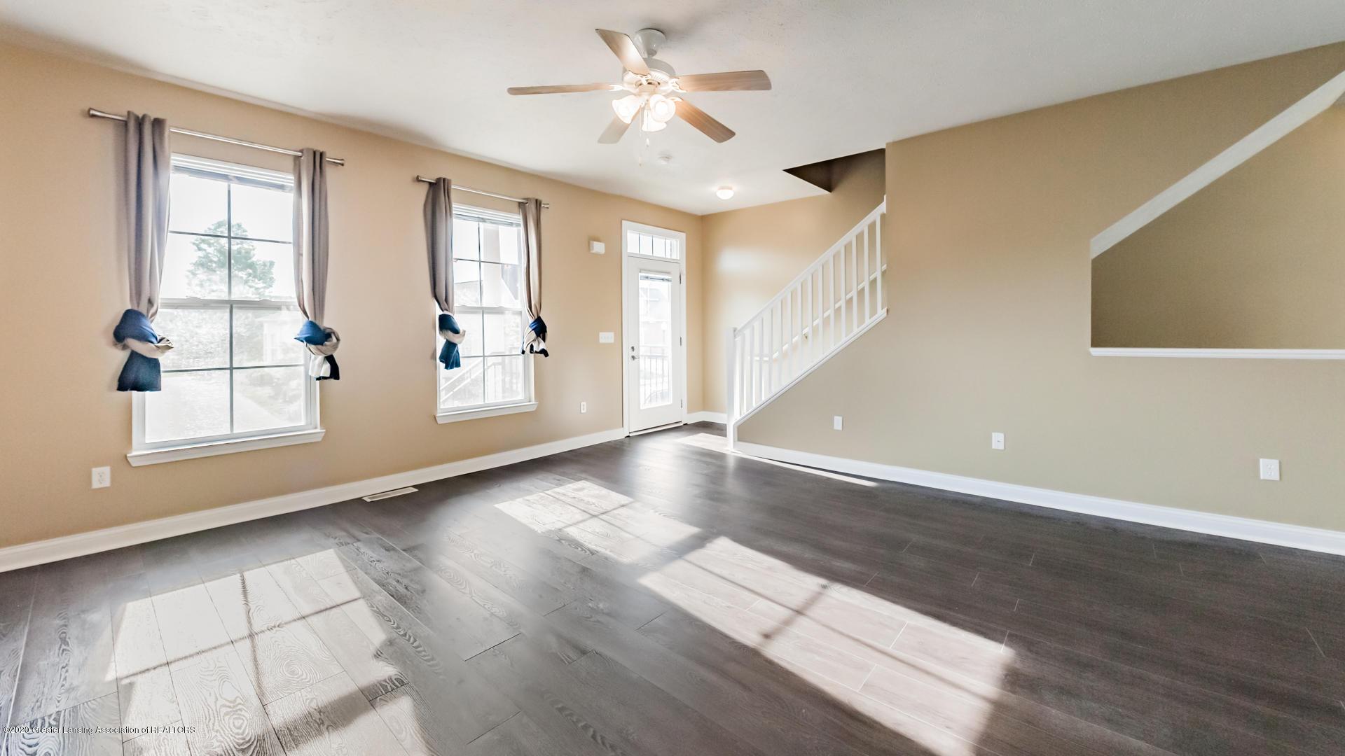 3307 Wharton St - Living Room - 3