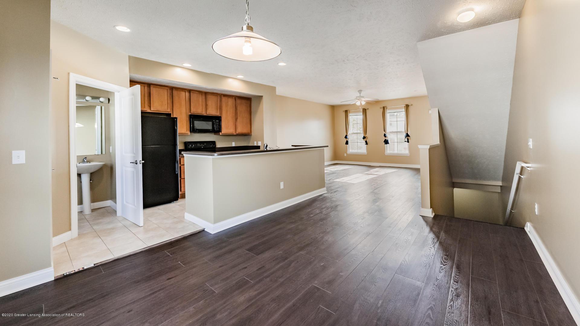 3307 Wharton St - Living Room/Kitchen - 6