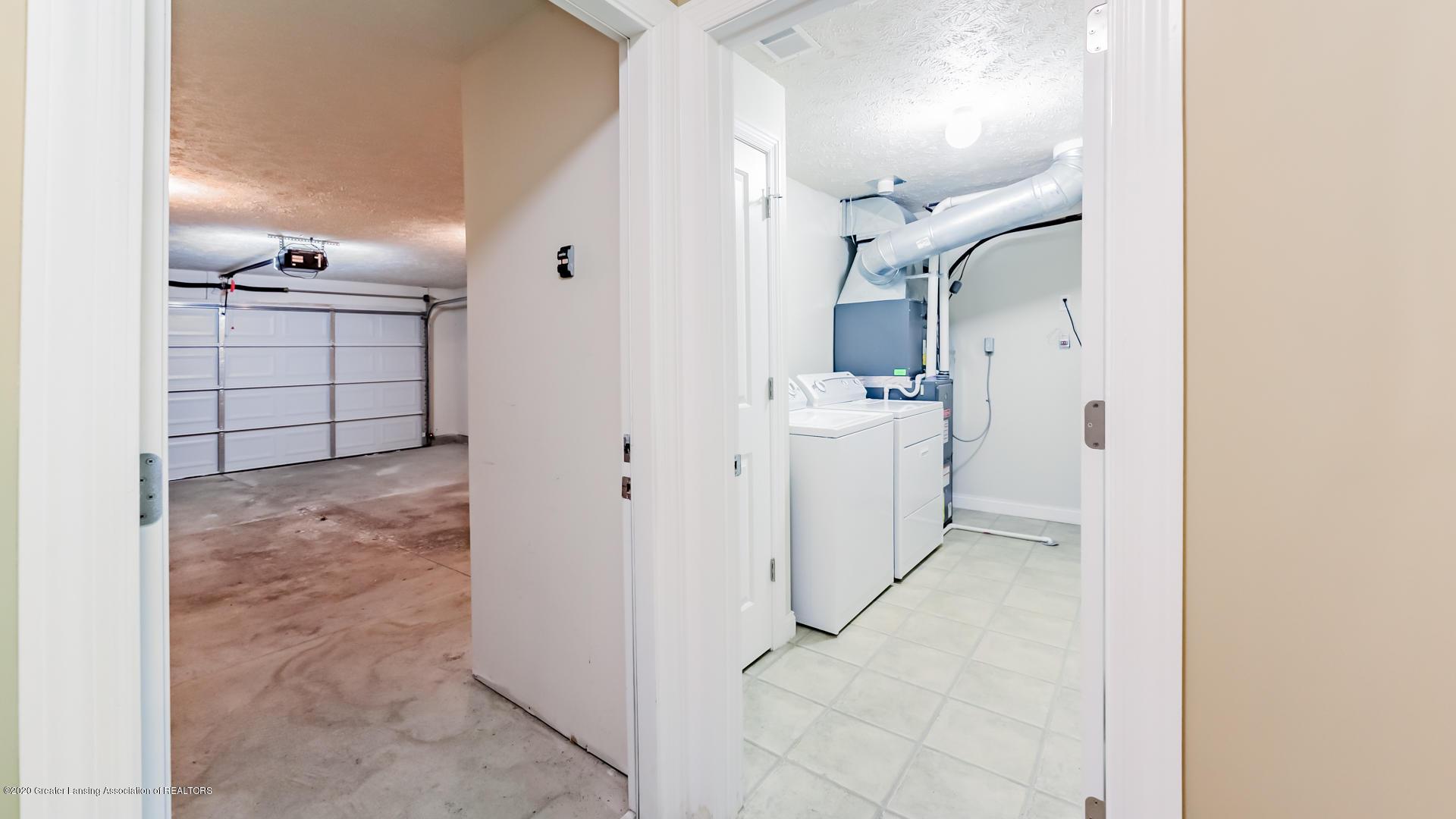 3307 Wharton St - Garage/Laundry - 18