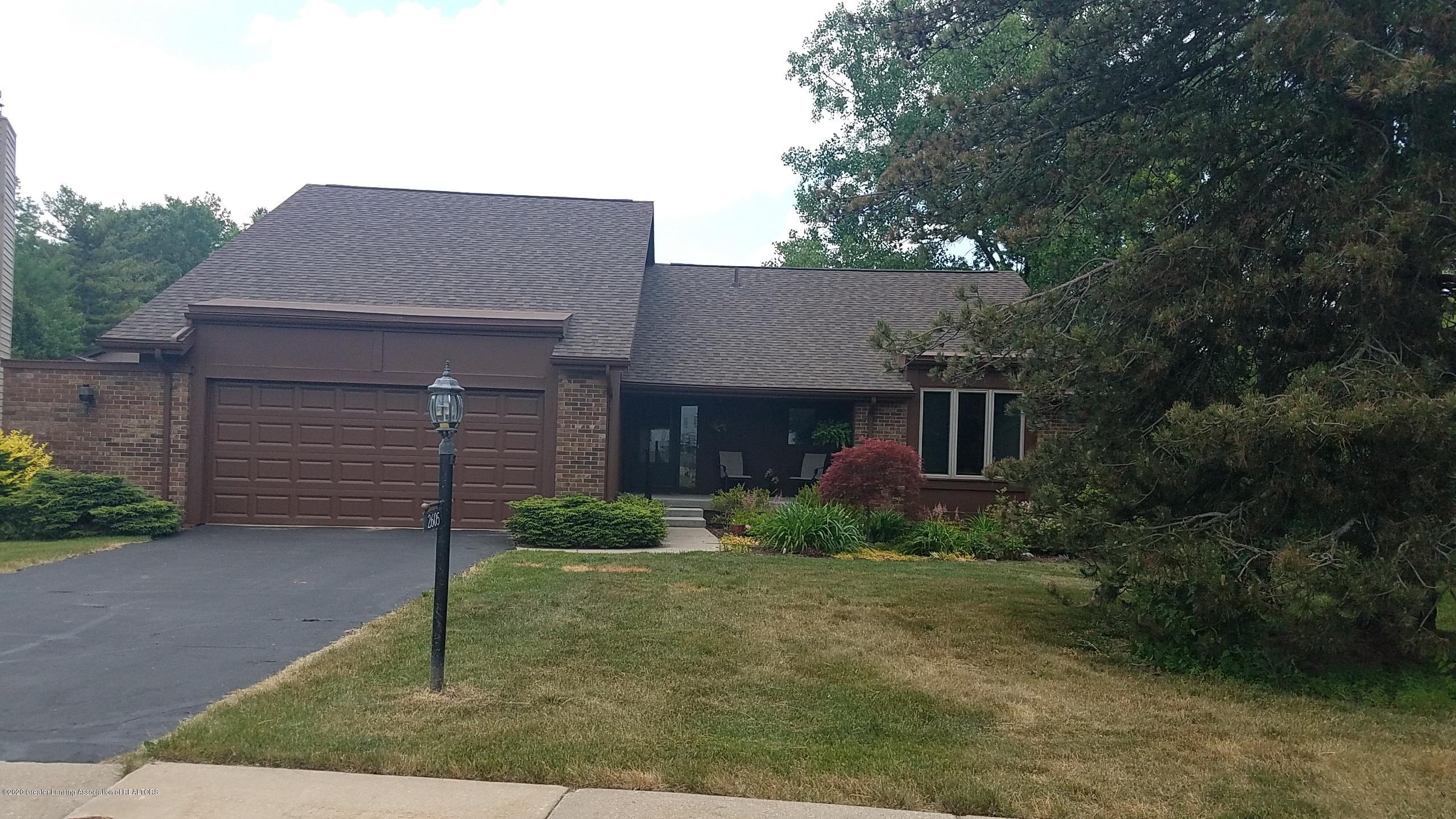 2605 Woodhill Dr - Exterior Front - 1