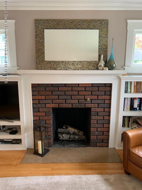 1536 N Genesee Dr - Fireplace - 4