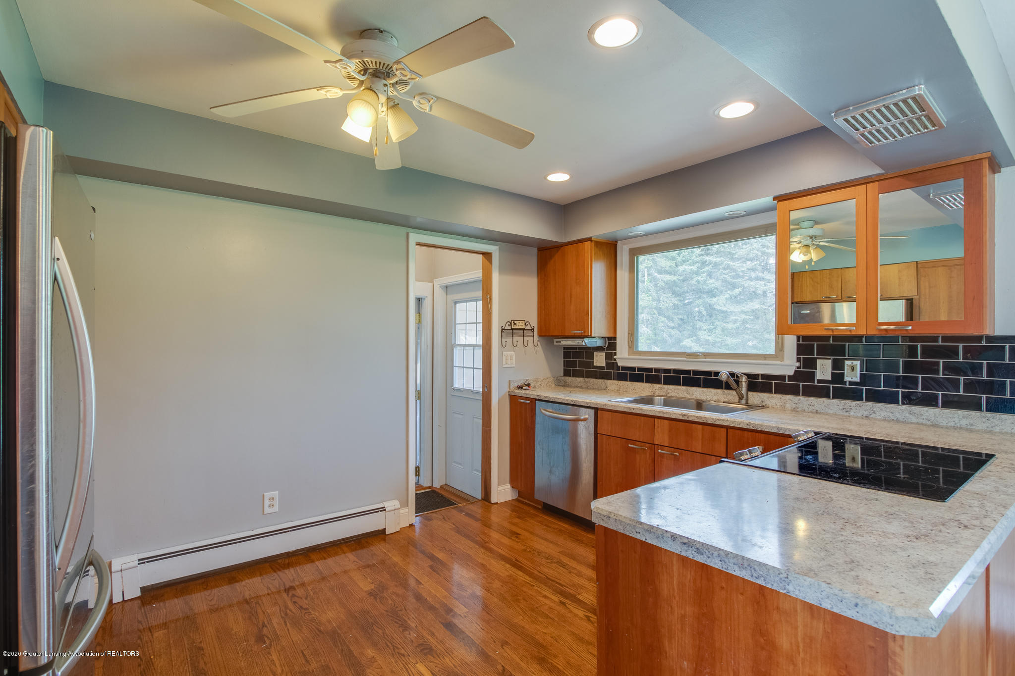9333 Looking Glass Brook Dr - 9333_Looking_Glass_JEFF-18 - 7