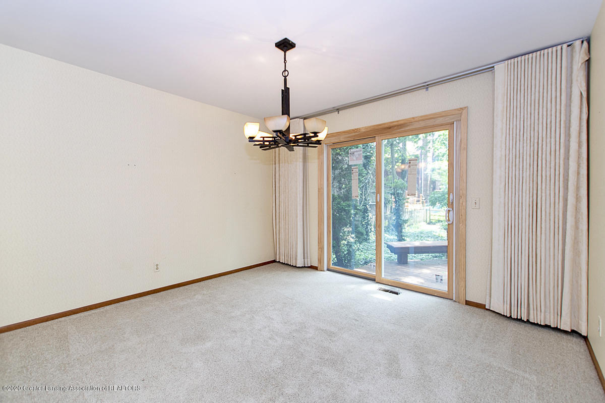1309 Basswood Cir - Formal Dining Room - 10