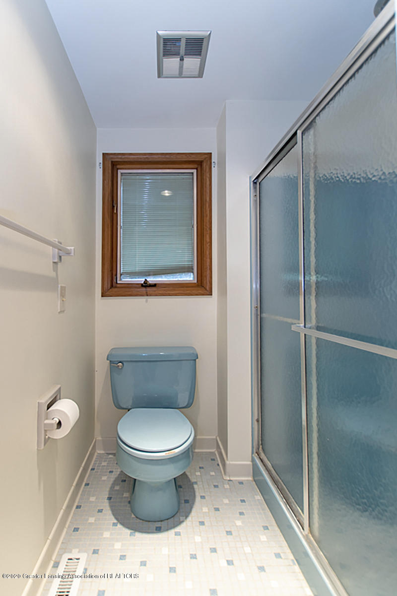 1309 Basswood Cir - Master Bath - 23