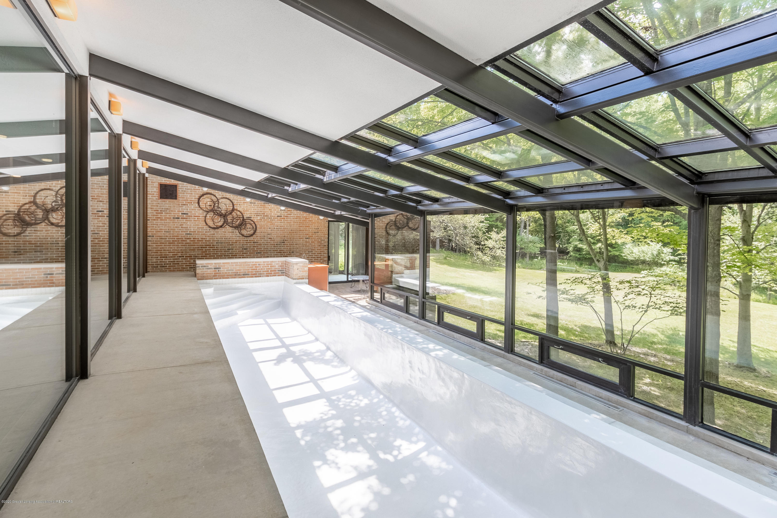 1172 Wrightwind Dr - Solarium with In-ground Infinity Pool - 35