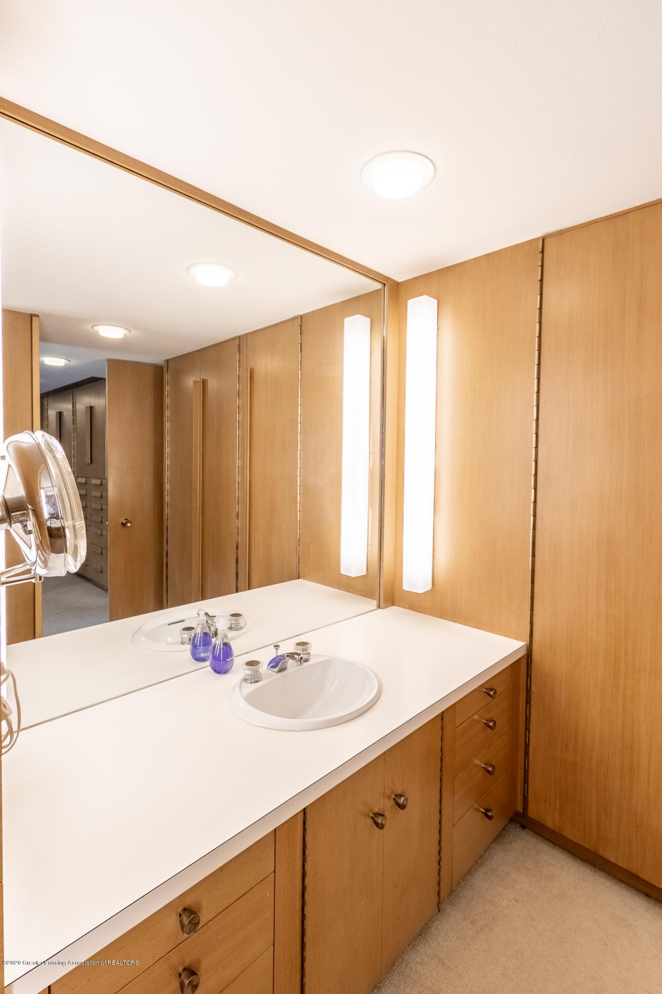 1172 Wrightwind Dr - Full Bathroom - 45