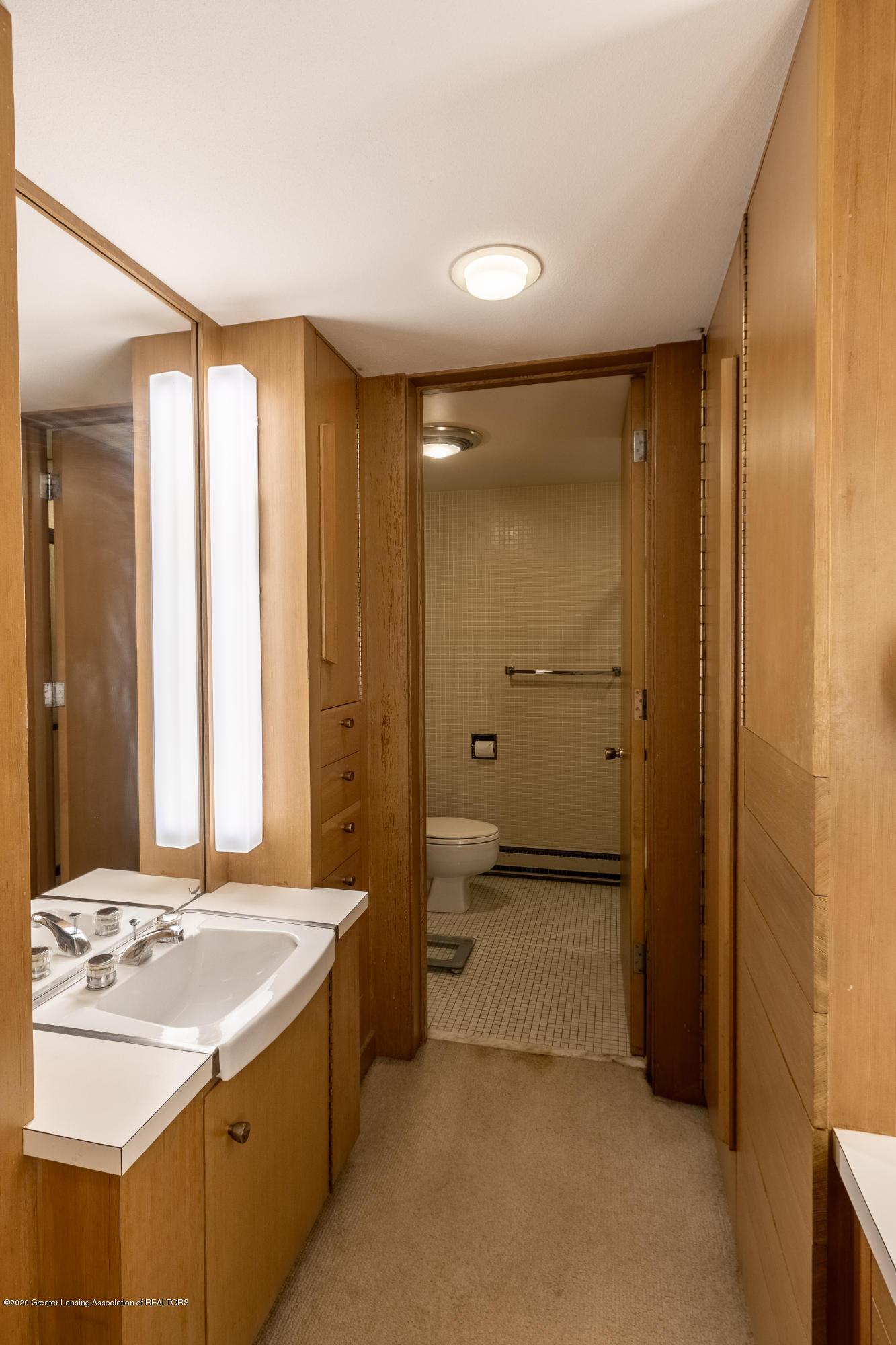 1172 Wrightwind Dr - Full Bathroom - 46
